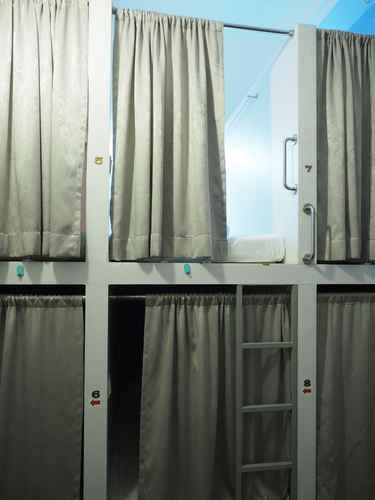 BEDROOM Pillow Talk Hostel