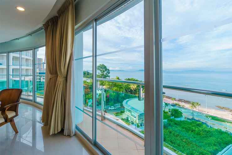 VIEW_ATTRACTIONS Royal Beach View Suite