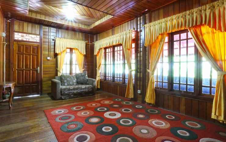 Aquarius Orange Bogor - 8 Bedroom Bungalow Room Only