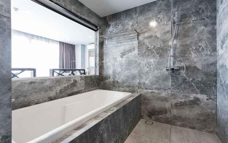 X2 Vibe Chiang Mai Decem Hotel Chiang Mai - Grand Deluxe Triple - IHOS-OTA Flexible Room only
