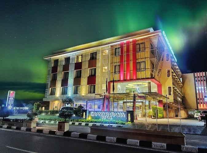 EXTERIOR_BUILDING Grand Parama Hotel