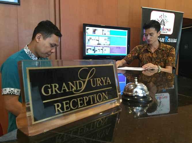 LOBBY Grand Surya Hotel Kotabaru