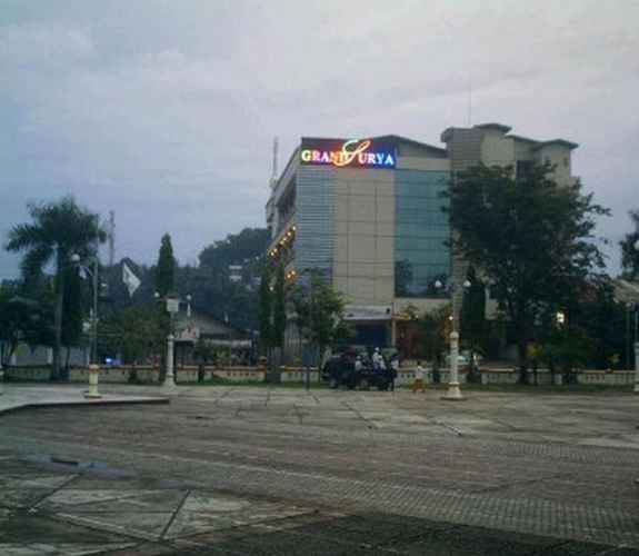 EXTERIOR_BUILDING Grand Surya Hotel Kotabaru
