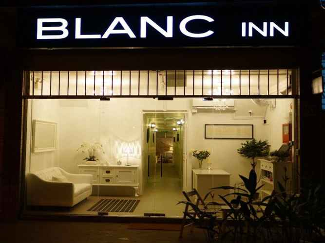 EXTERIOR_BUILDING Blanc Inn