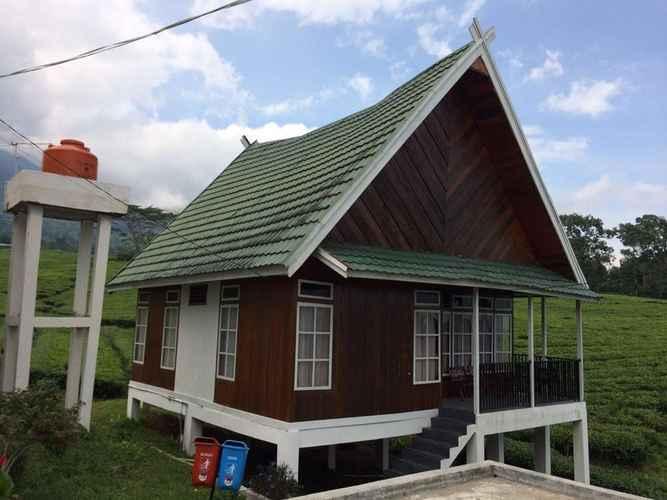 EXTERIOR_BUILDING OYO 3400 Villa Gunung Gare
