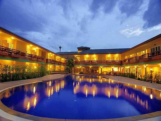 EXTERIOR_BUILDING Bacchus Home Resort