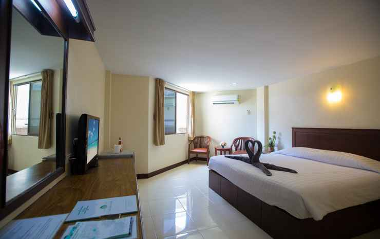 Twin Palms Resort Chonburi - Superior Double Room Only