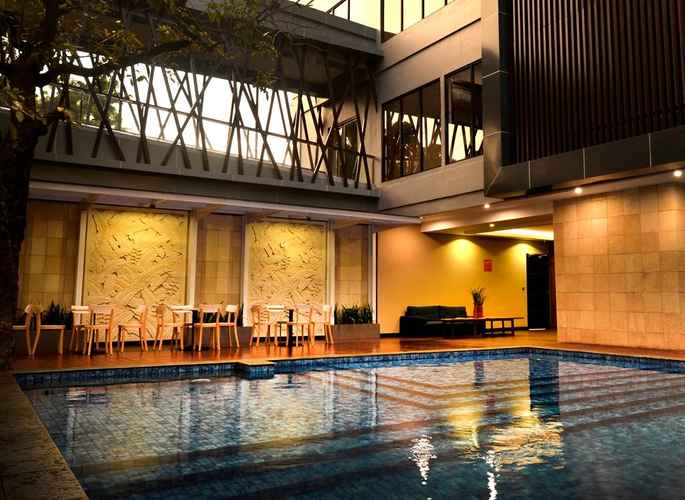 SWIMMING_POOL Kalya Hotel Yogyakarta