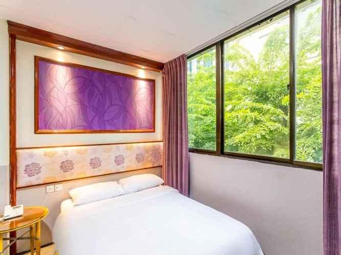 BEDROOM Hotel 165