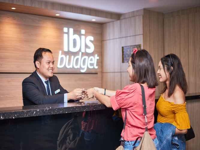 LOBBY ibis budget Singapore Ruby