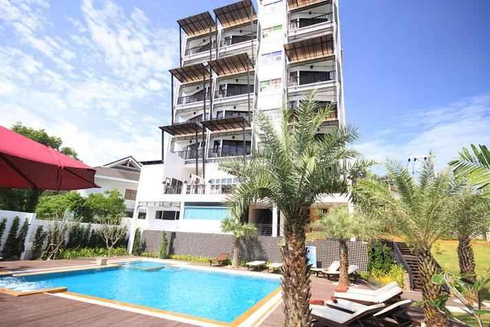 EXTERIOR_BUILDING Dee Andaman Hotel Pool Bar
