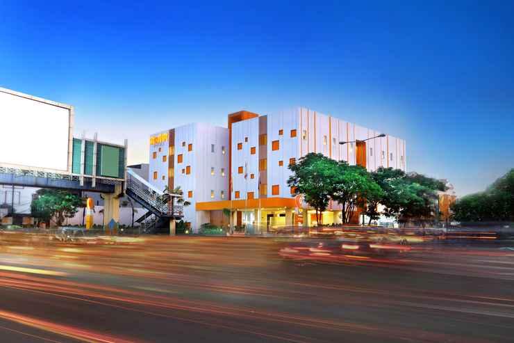 EXTERIOR_BUILDING Starlet Hotel Serpong