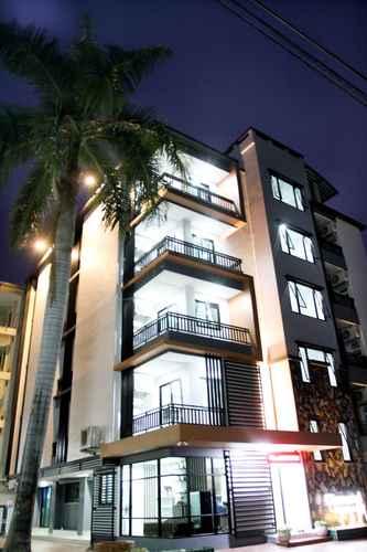 EXTERIOR_BUILDING Diamond Residence