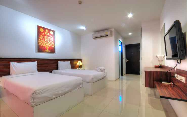 BS Premier Airport Bangkok - Premier Poolview + Transfer Room only