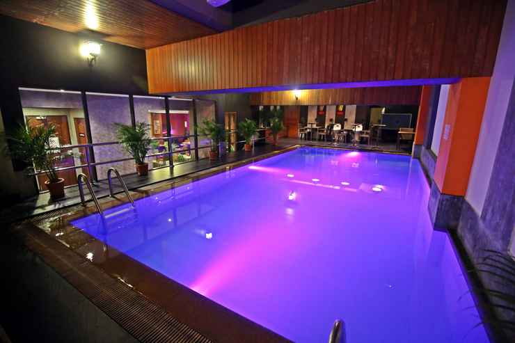 SWIMMING_POOL The Euro Grande Hotel