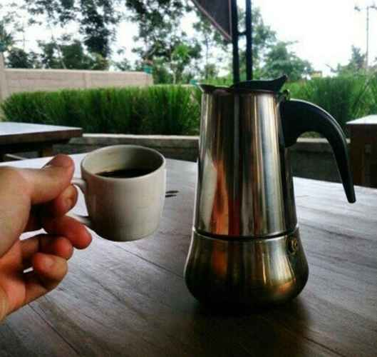 BAR_CAFE_LOUNGE Penginapan Keluarga Cassava Resort