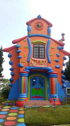 EXTERIOR_BUILDING Villa MIKY kota bunga puncak