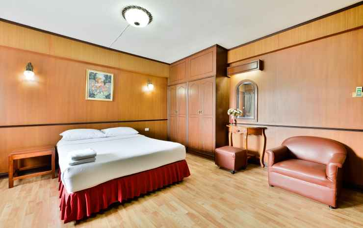 Nice Palace Hotel Bangkok - Superior Suite Room  (Special deal Early check-in 07:00 AM , Late check-out 12:30 PM)