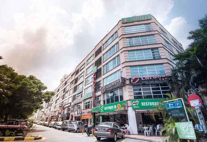 EXTERIOR_BUILDING One Avenue Hotel