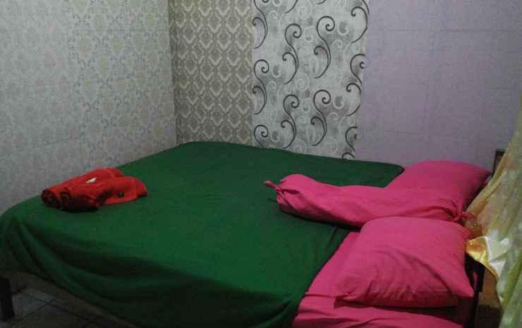 Hotel Artha Lombok - Standard Double Room with Fan / Gratis diantar ke Tempat Oleh-Oleh / Free Transport to Souvenir Centre