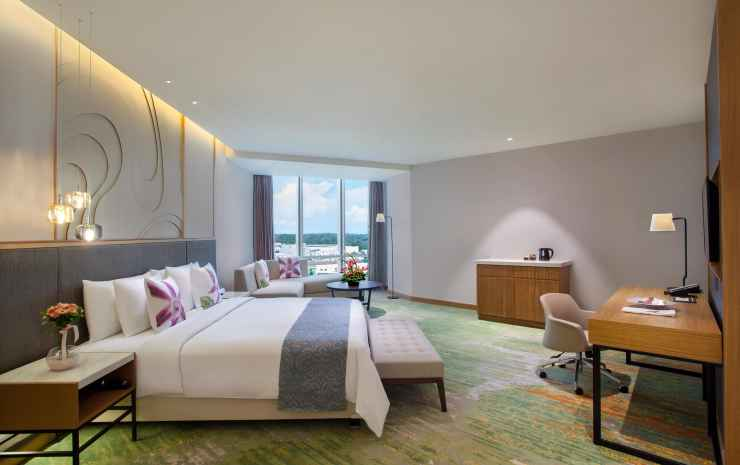 Radisson Golf & Convention Center Batam Batam - Deluxe Room with Balcony - Double Breakfast