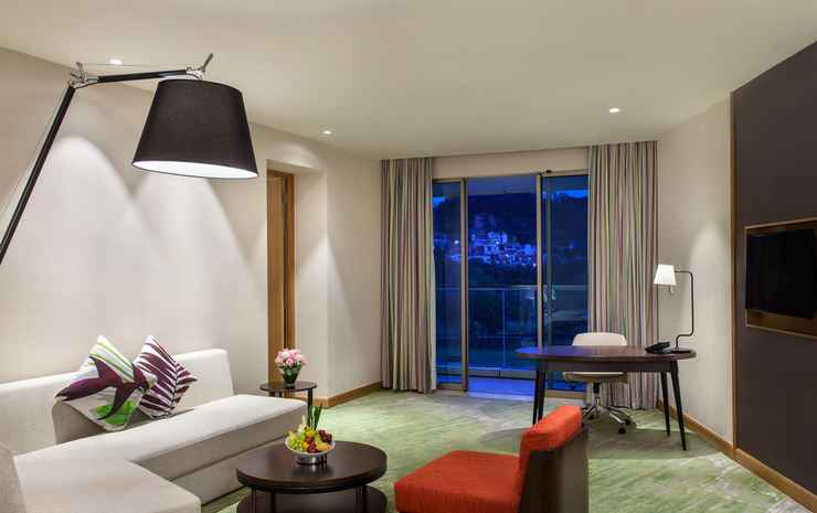 Radisson Golf & Convention Center Batam Batam - Executive Suite Room with Living Room  - Double Breakfast