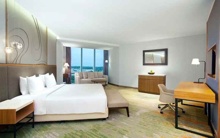 Radisson Golf & Convention Center Batam Batam - Deluxe Suite Room - Double Breakfast