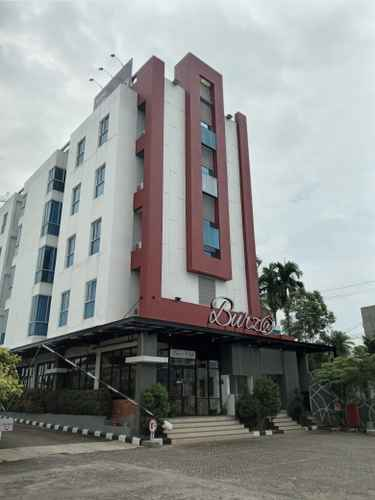 EXTERIOR_BUILDING Burza Hotel