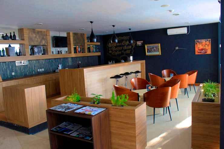 BAR_CAFE_LOUNGE Kyriad Arra Hotel Cepu