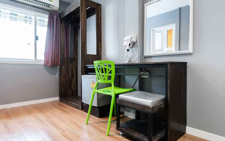 The Richy Place Guest House Bangkok - Superior Double Room