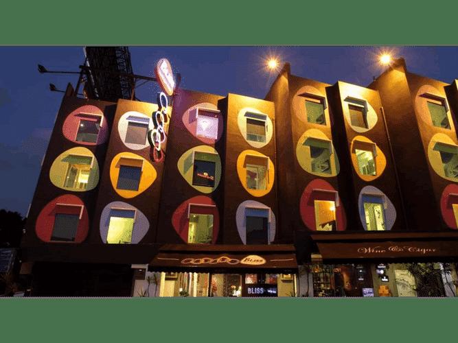EXTERIOR_BUILDING Hotel Zamburger Bliss