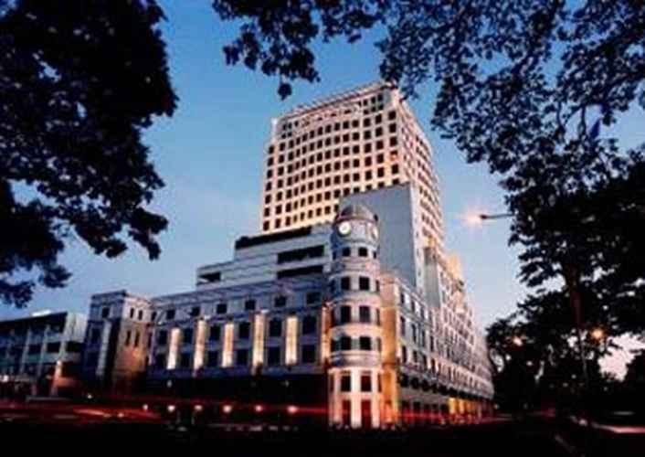 EXTERIOR_BUILDING Merdeka Palace Hotel & Suites