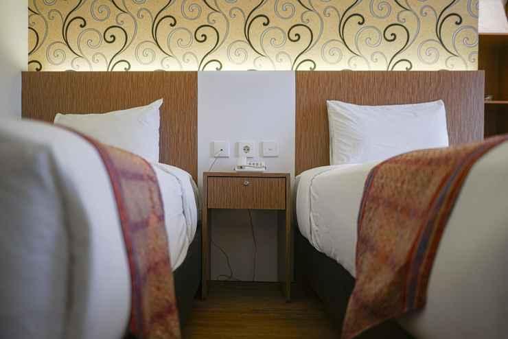 BEDROOM Deivan Hotel