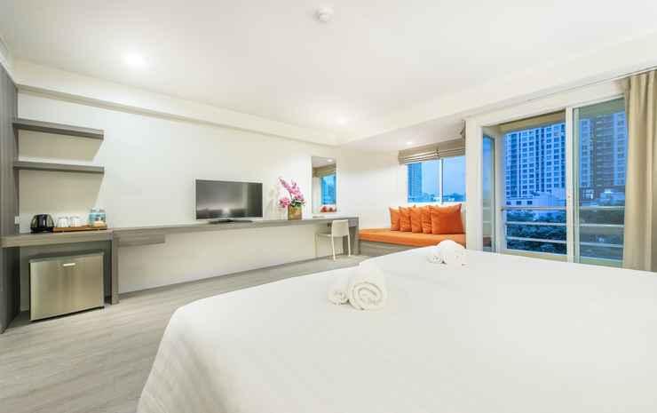 Le Tada Residence Bangkok - Deluxe Room Balcony with Breakfast