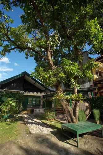 EXTERIOR_BUILDING Mango Tree Dipudjo Homestay