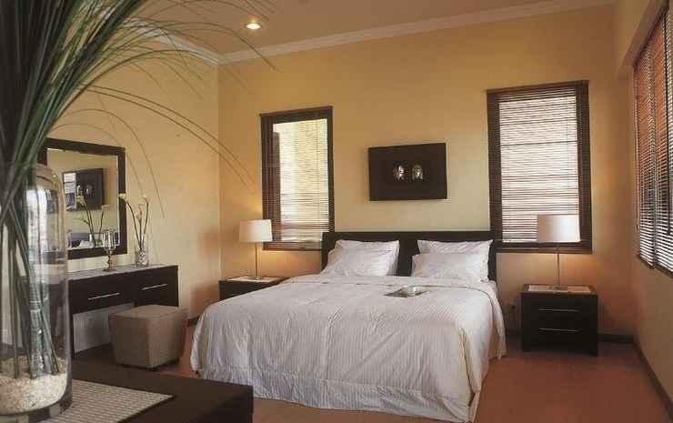 The Residence Dian Istana Surabaya - Family Room