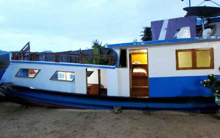 Larantuka Beach Apartment Flores Timur - Boat House