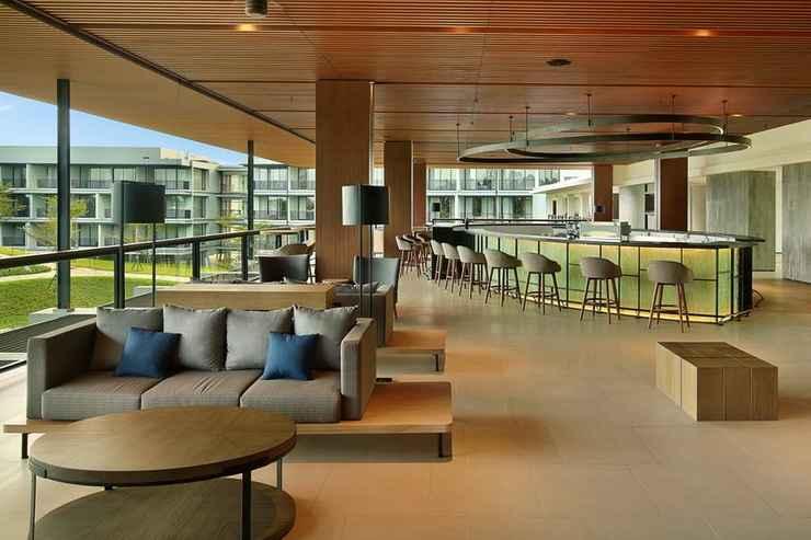 BAR_CAFE_LOUNGE Royal Tulip Gunung Geulis Resort and Golf