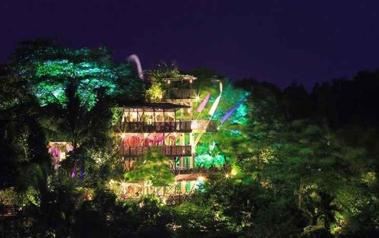 A Hilltop House With Amazing View Balikpapan -
