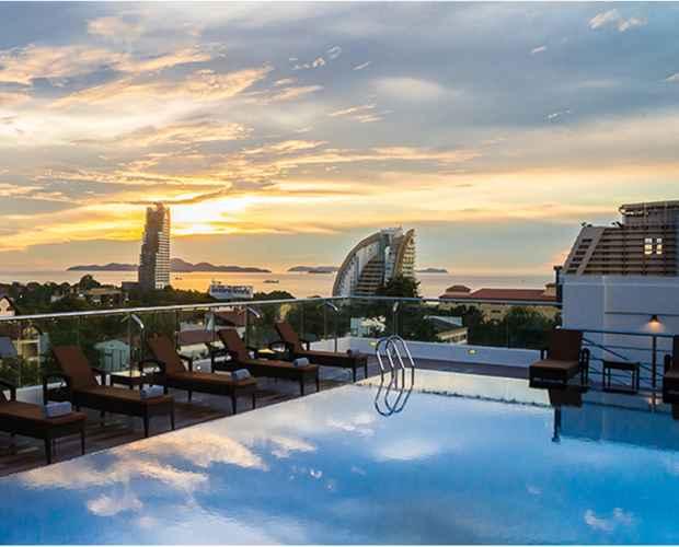 SWIMMING_POOL Blue Boat Design Hotel