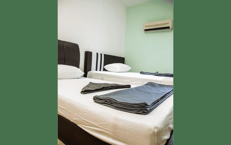 Drop Inn Lodge Kuala Lumpur - The Family - Shared Bathroom