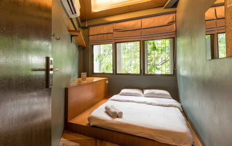 Loftel 22 hostel Bangkok - Double Room - Shared Bathroom - Room Only NR