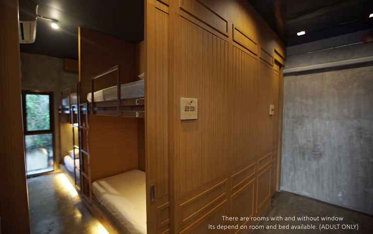 Loftel 22 hostel Bangkok - Economy Quadruple Room with Shared Bathroom - Room Only NR