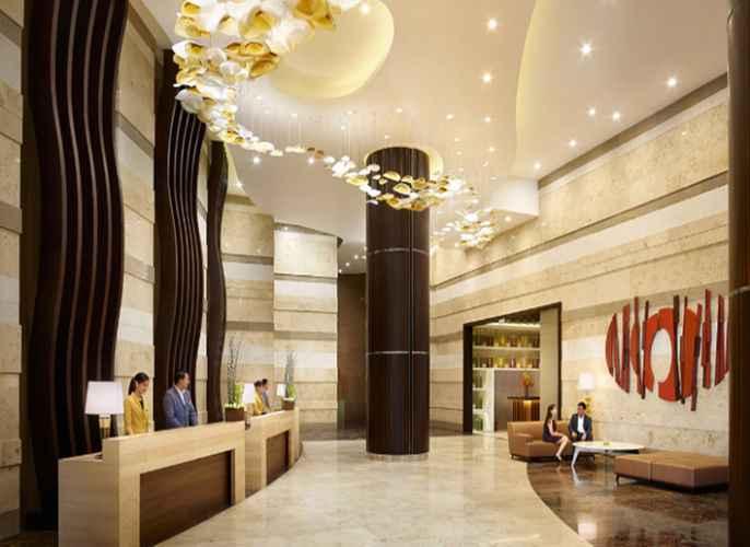 LOBBY Hyatt Regency Manila City of Dreams