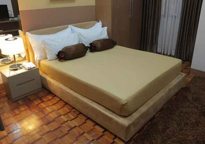 BEDROOM Prince Plaza II Hotel