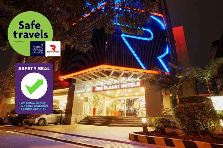 EXTERIOR_BUILDING Red Planet Manila Makati-  For Quarantine Stays