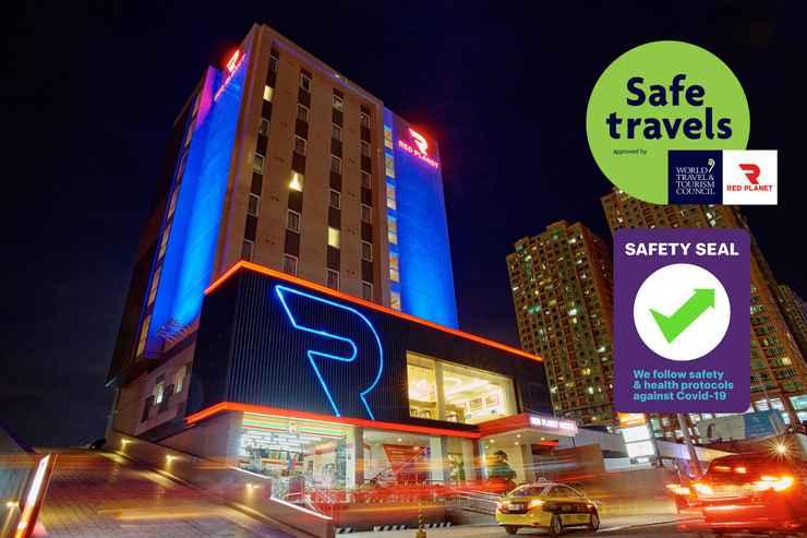 EXTERIOR_BUILDING Red Planet Manila Amorsolo - For Quarantine Stays