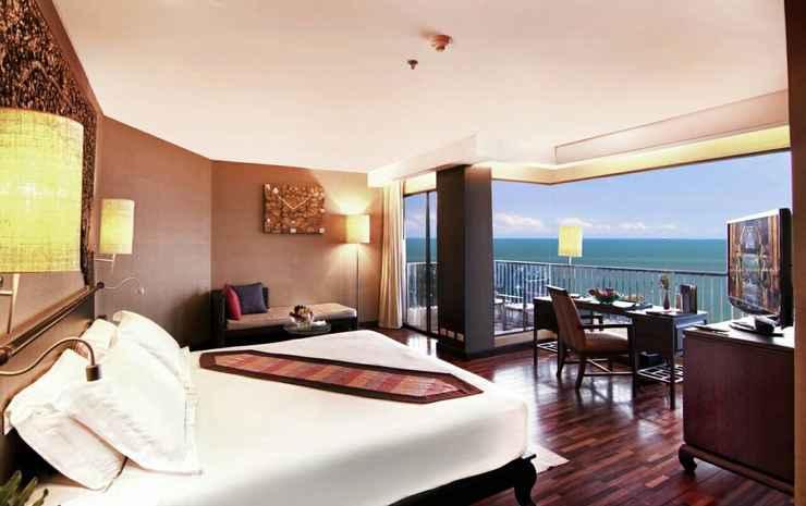 Garden Cliff Resort & Spa, Pattaya Chonburi - Junior Suite with Breakfast