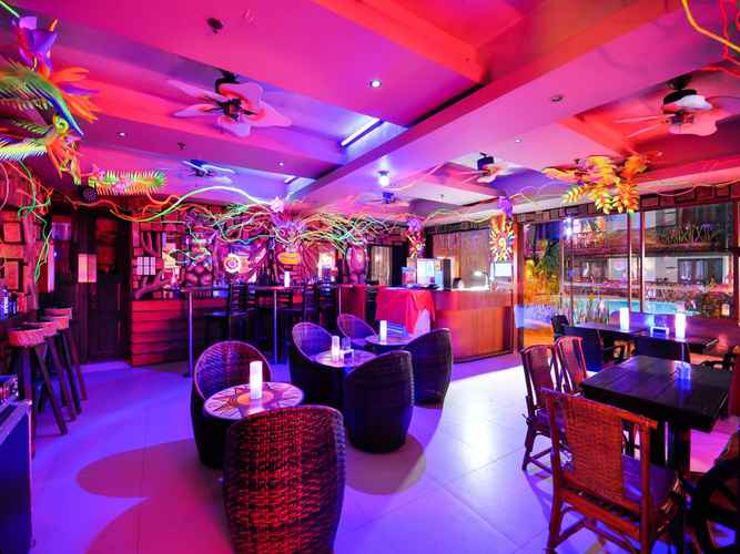 HOTEL_SERVICES Red Coconut Beach Hotel Boracay