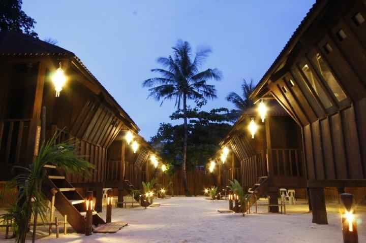 EXTERIOR_BUILDING Boracay Pito Huts